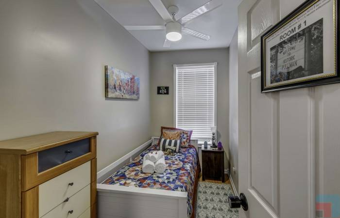 11307 South Langley Avenue, Illinois, 2 Bedrooms Bedrooms, ,1 BathroomBathrooms,Apartment,Vacation Rental,11307 South Langley Avenue ,1221