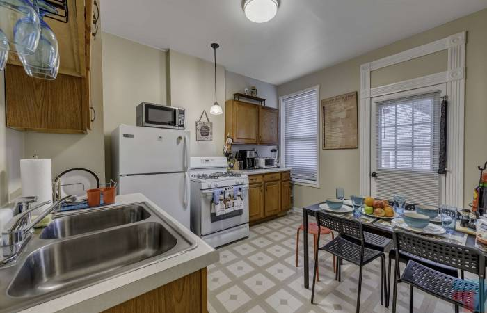 11307 South Langley Avenue, Illinois, 2 Bedrooms Bedrooms, ,1 BathroomBathrooms,One Bedroom,For Long Rent,11307 South Langley Avenue ,1,1223