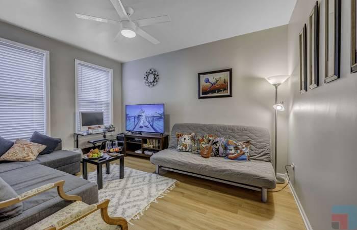 11307 South Langley Avenue, Illinois, 1 Bedroom Bedrooms, ,1 BathroomBathrooms,One Bedroom,Vacation Rental,11307 South Langley Avenue ,1225