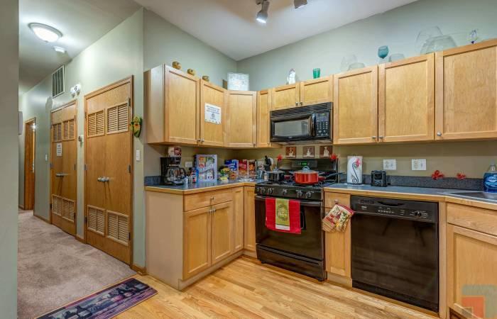 5848 S Prairie Ave, Illinois, 1 Bedroom Bedrooms, ,1 BathroomBathrooms,Apartment,For Long Rent,5848 S Prairie Ave,1228