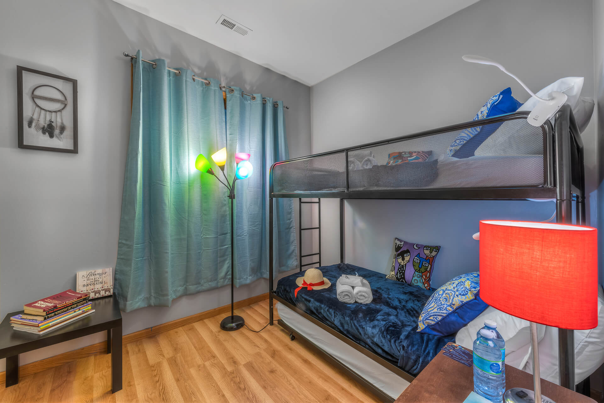 5848 S Prairie Ave, Illinois, 1 Bedroom Bedrooms, ,1 BathroomBathrooms,One Bunk Bed,For Long Rent,5848 S Prairie Ave,1,1229